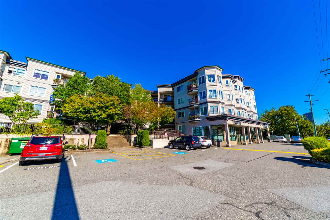FEATURED LISTING: 401 - 5765 GLOVER Road Langley