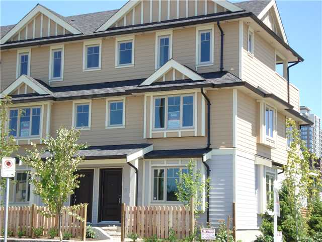 FEATURED LISTING: 7010 GRIFFITHS Avenue Burnaby