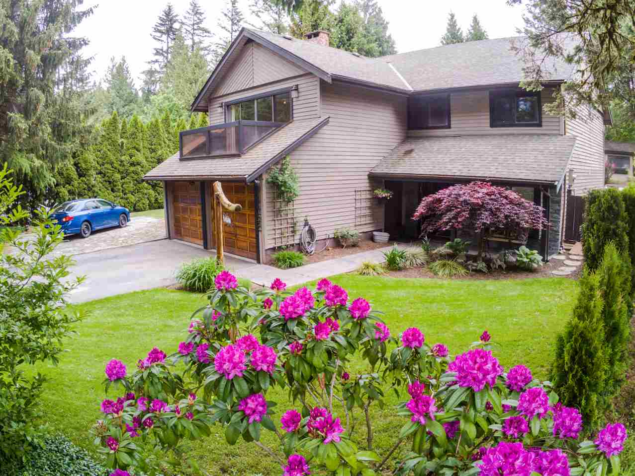 FEATURED LISTING: 40452 SKYLINE Drive Squamish