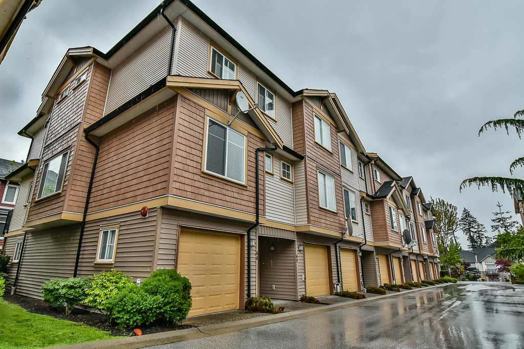 "Main Photo: 44 8633 159 Street in Surrey: Fleetwood Tynehead Townhouse for sale in ""Fleetwood Rose Garden"" : MLS®# R2165950"