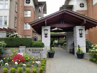 "Main Photo: 1217 4655 VALLEY Drive in Vancouver: Quilchena Condo for sale in ""ALEXANDRA HOUSE"" (Vancouver West)  : MLS®# R2265563"