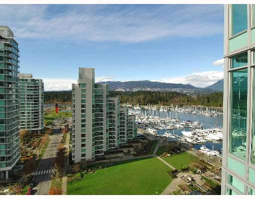 Main Photo: # 1501 1650 BAYSHORE DR in Vancouver: Coal Harbour Condo for sale (Vancouver West)  : MLS® # V634329