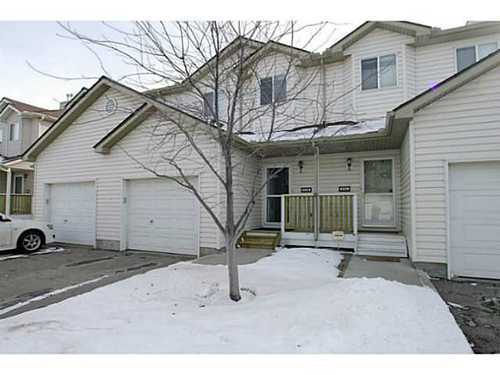 Main Photo: 134 DOUGLAS GLEN Park SE in Calgary: 2 Storey for sale : MLS® # C3559076