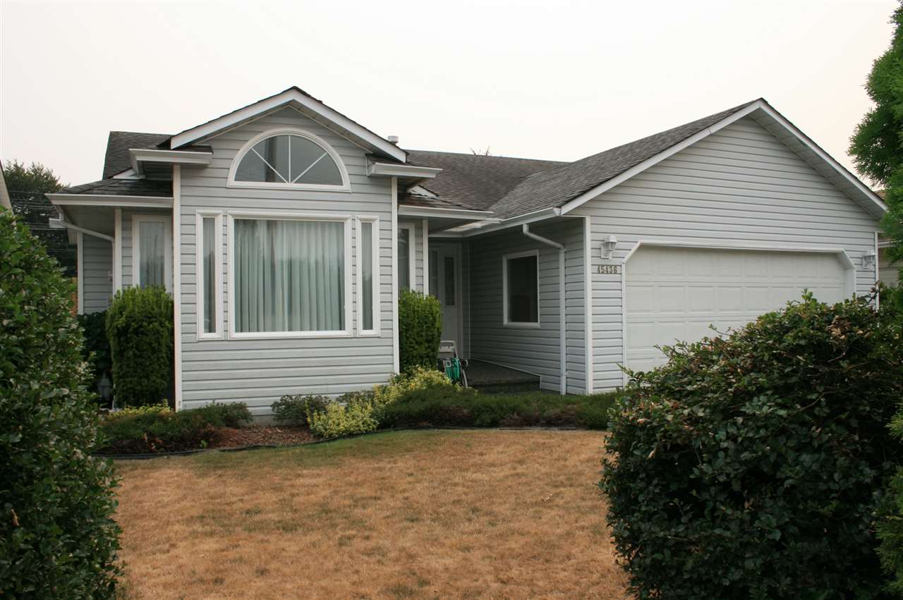 Main Photo: 45436 SPRUCE DRIVE in Sardis: Sardis West Vedder Rd House for sale : MLS® # R2194843