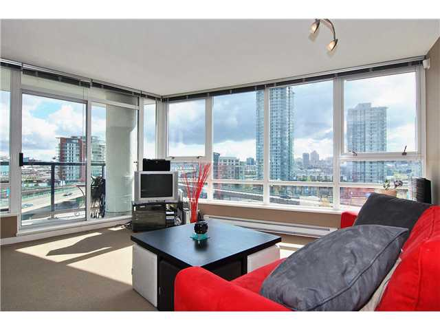 "Main Photo: 802 939 EXPO Boulevard in Vancouver: Downtown VW Condo for sale in ""Max II"" (Vancouver West)  : MLS® # V877511"
