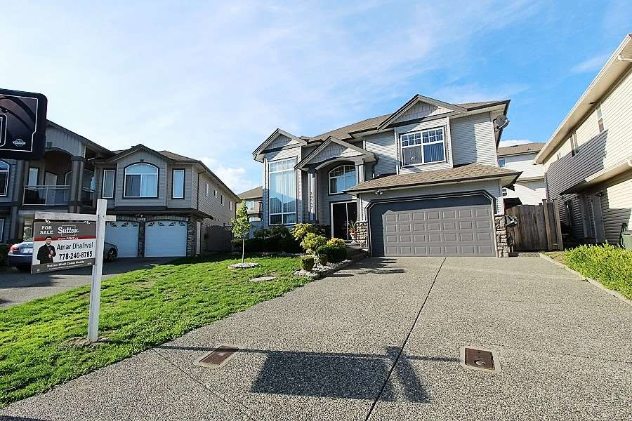 Main Photo: 30537 SAPPHIRE Place in Abbotsford: Abbotsford West House for sale : MLS®# R2000099