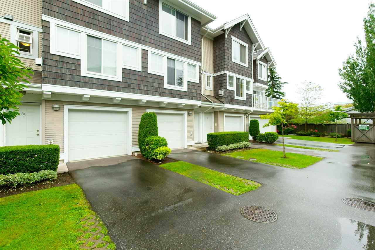 "Main Photo: 78 20760 DUNCAN Way in Langley: Langley City Townhouse for sale in ""WYNDHAM LANE"" : MLS®# R2107044"