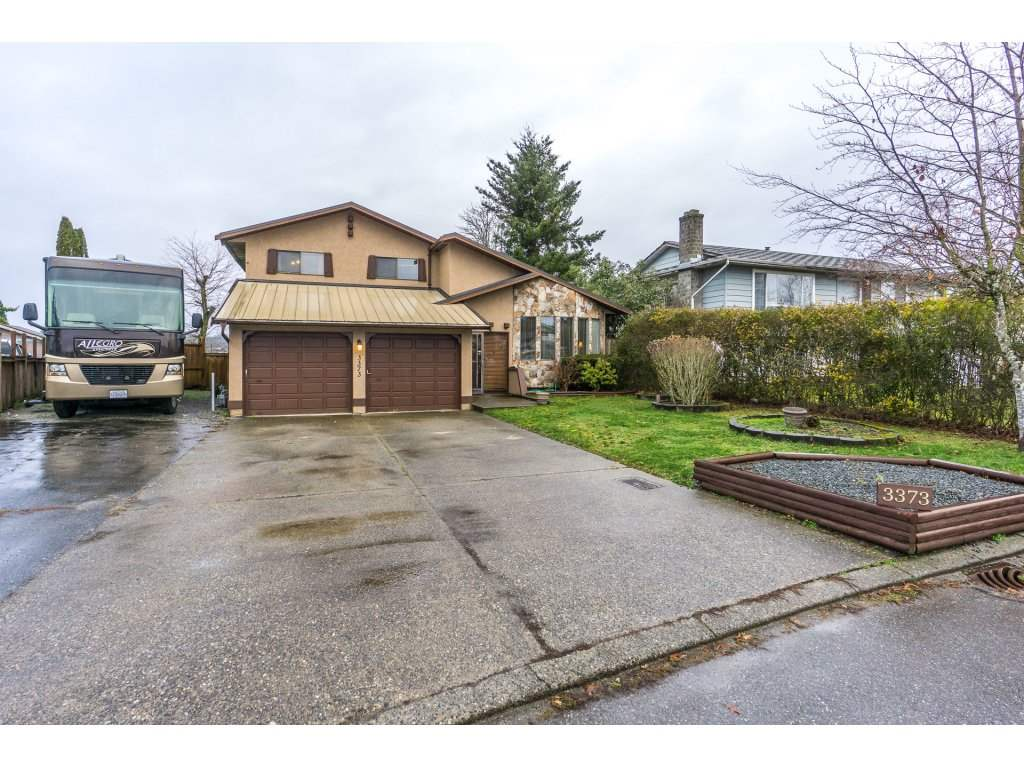 FEATURED LISTING: 3373 OKANAGAN Drive Abbotsford