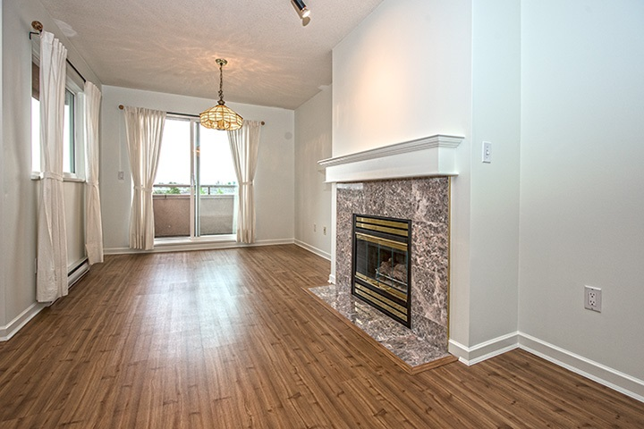 "Main Photo: 308 14980 101A Avenue in Surrey: Guildford Condo for sale in ""CARTIER PLACE"" (North Surrey)  : MLS®# R2013950"