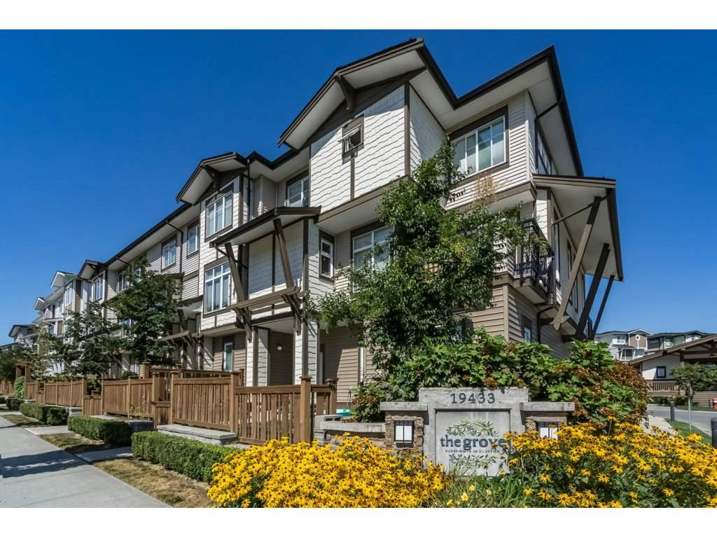 "Main Photo: 55 19433 68 Avenue in Surrey: Clayton Townhouse for sale in ""THE GROVE"" (Cloverdale)  : MLS®# R2153807"