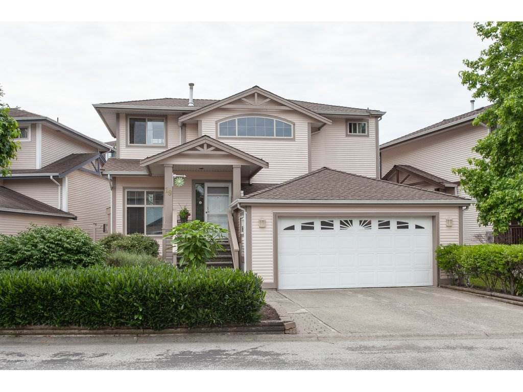 "Main Photo: 19 8675 209 Street in Langley: Walnut Grove House for sale in ""The Sycamores"" : MLS®# R2288158"
