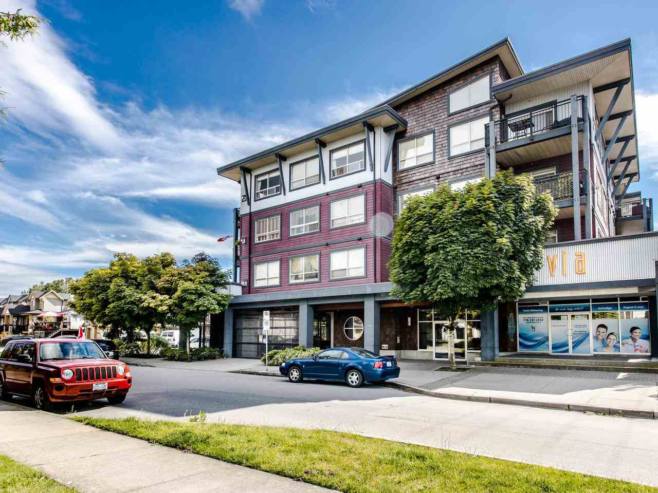FEATURED LISTING: 409 - 288 HAMPTON Street New Westminster