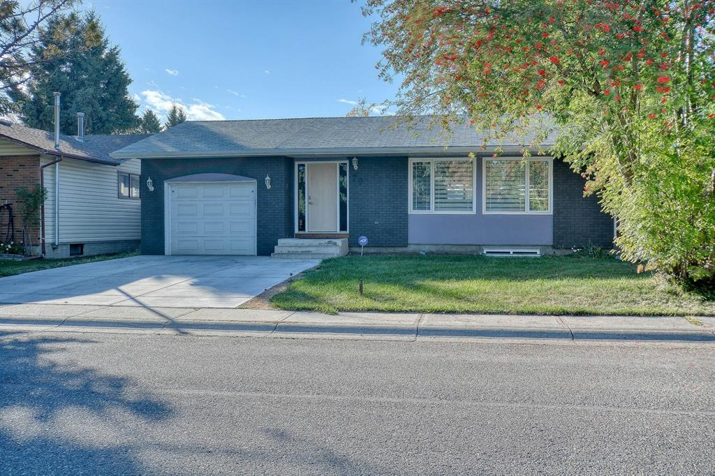 FEATURED LISTING: 79 Rundlefield Close Northeast Calgary