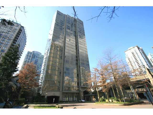 "Main Photo: 1007 950 CAMBIE Street in Vancouver: Downtown VW Condo for sale in ""PACIFIC PLACE - LANDMARK"" (Vancouver West)  : MLS® # V874261"