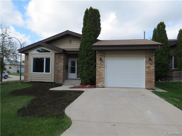 FEATURED LISTING: 34 Kinsbourne Green WINNIPEG