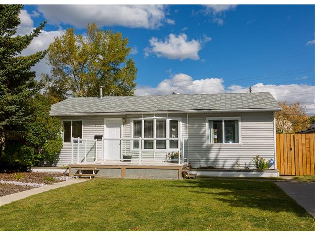 Main Photo:  in Calgary: House for sale : MLS® # C4082863