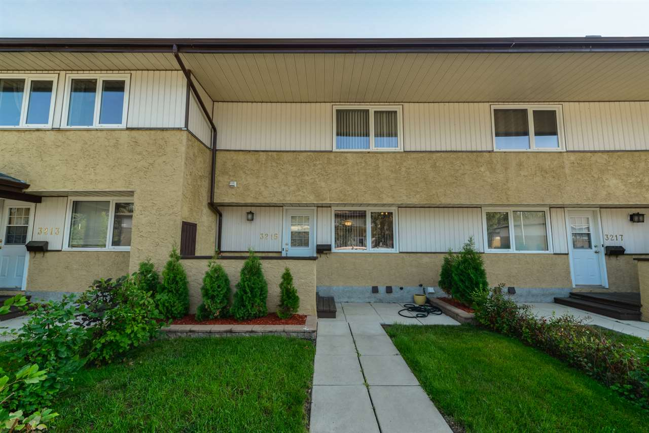 Main Photo: 3215 139 Avenue in Edmonton: Zone 35 Townhouse for sale : MLS® # E4077880