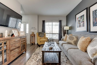 Main Photo: 2685 Sir Arthur Currie Way in Edmonton: Zone 27 Townhouse for sale : MLS® # E4056944