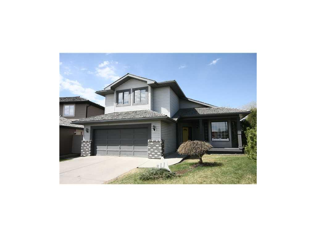 Main Photo: 311 Diamond Court SE in Calgary: Diamond Cove House for sale : MLS® # C3567041