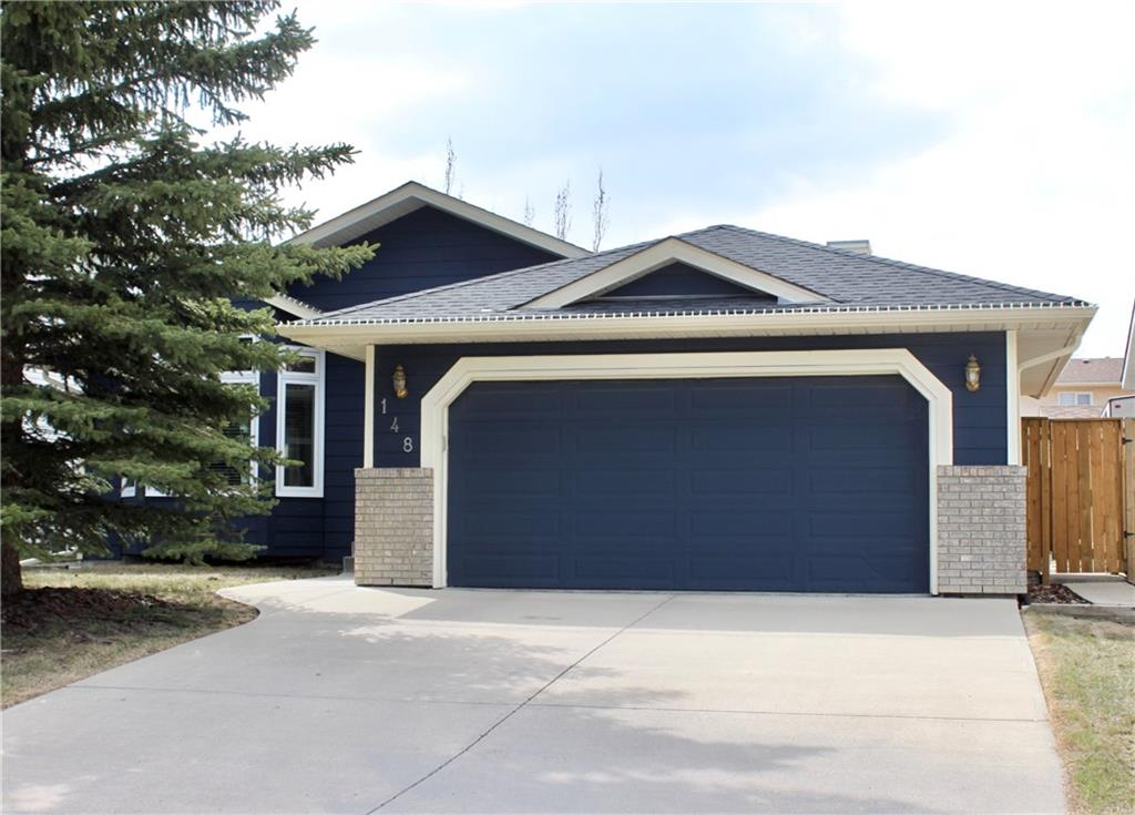 Main Photo: 148 WOODBEND Way: Okotoks House for sale : MLS®# C4170640