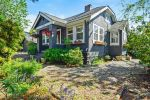 Main Photo: 7460 GRAND Street in Mission: Mission BC House for sale : MLS®# R2268024