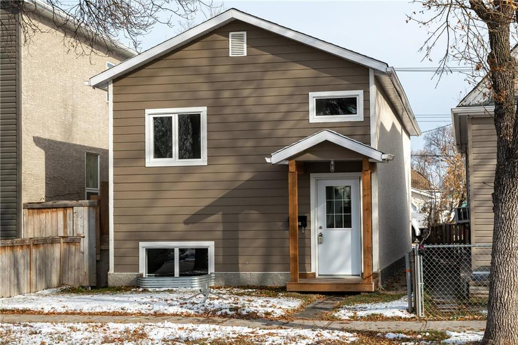 FEATURED LISTING: 635 Aberdeen Avenue Winnipeg