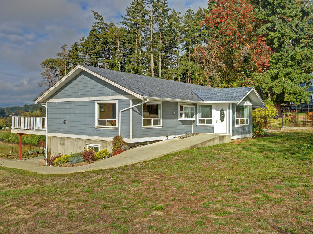 Main Photo: 612 Kilmalu Road in MILL BAY: ML Mill Bay Single Family Detached for sale (Malahat & Area)  : MLS® # 370870