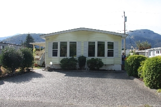 Main Photo: 59-5742 Unsworth Road in Chilliwack: Sardis West Vedder Rd Manufactured Home for sale : MLS® # R2206828