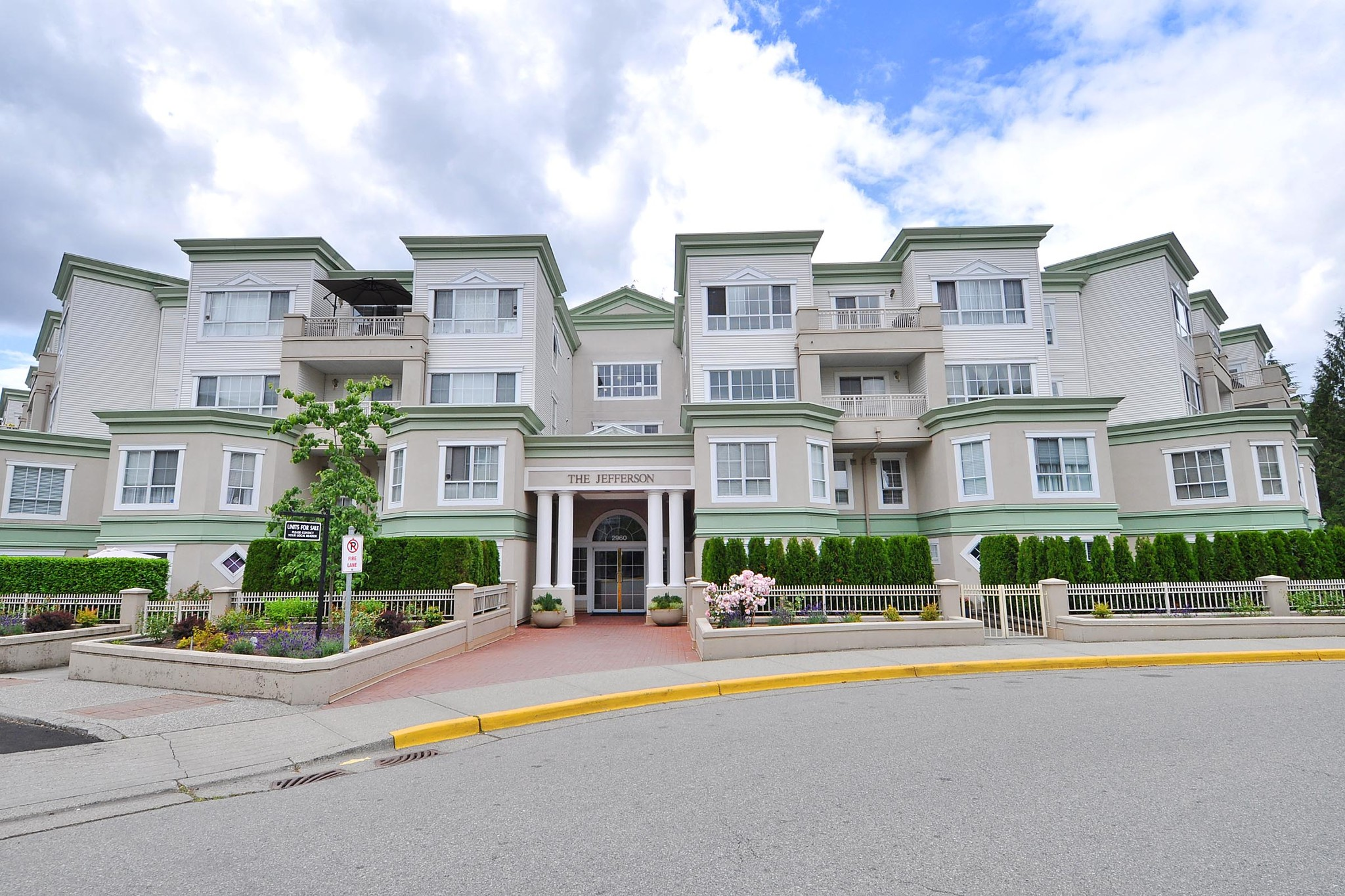 FEATURED LISTING: 406 - 2960 PRINCESS Crescent Coquitlam