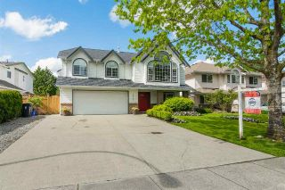 Main Photo: 22247 47 Avenue in Langley: Murrayville House for sale : MLS®# R2266969