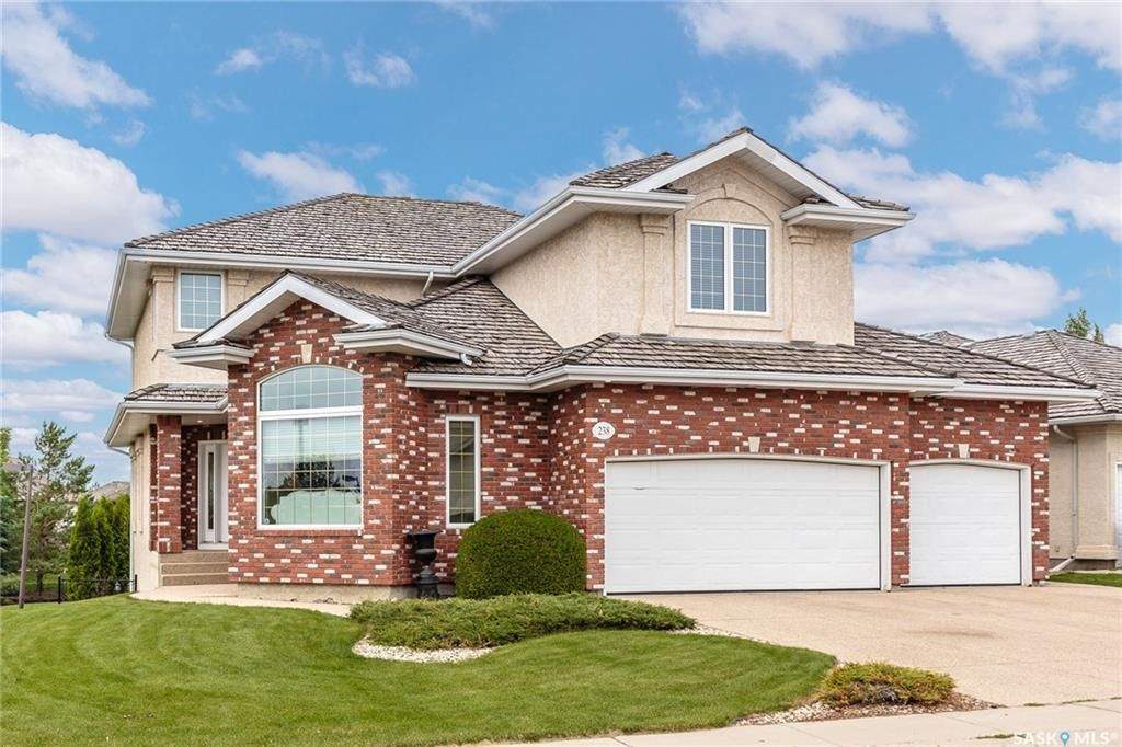 Main Photo: 238 Horlick Crescent in Saskatoon: Arbor Creek Residential for sale : MLS®# SK709849