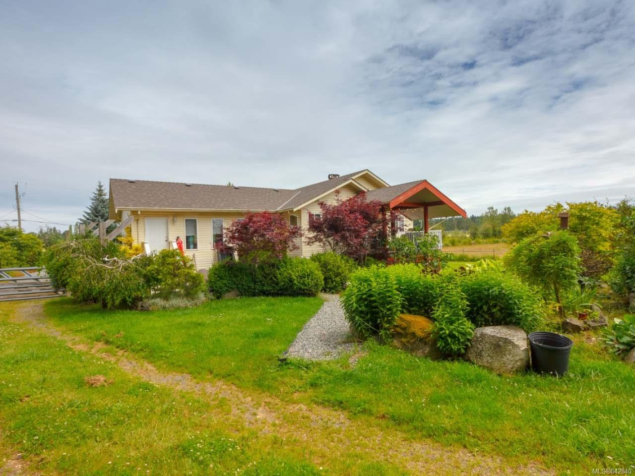 FEATURED LISTING: 2331 Quennell Rd NANAIMO
