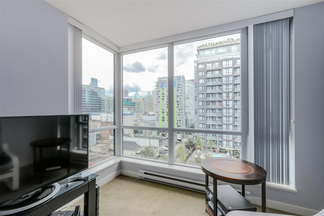 "Photo 6: 1203 1082 SEYMOUR Street in Vancouver: Downtown VW Condo for sale in ""FREESIA"" (Vancouver West)  : MLS® # R2079739"