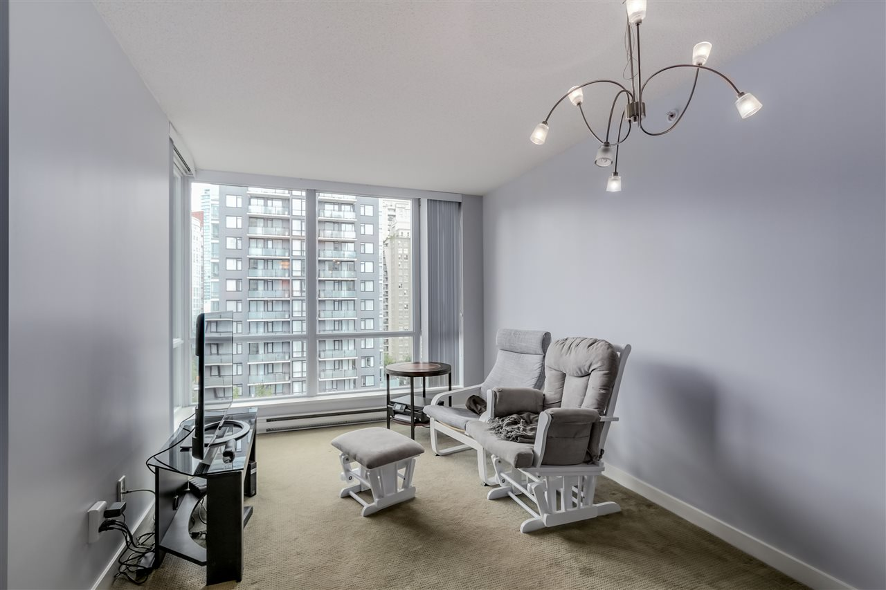 "Photo 2: 1203 1082 SEYMOUR Street in Vancouver: Downtown VW Condo for sale in ""FREESIA"" (Vancouver West)  : MLS® # R2079739"