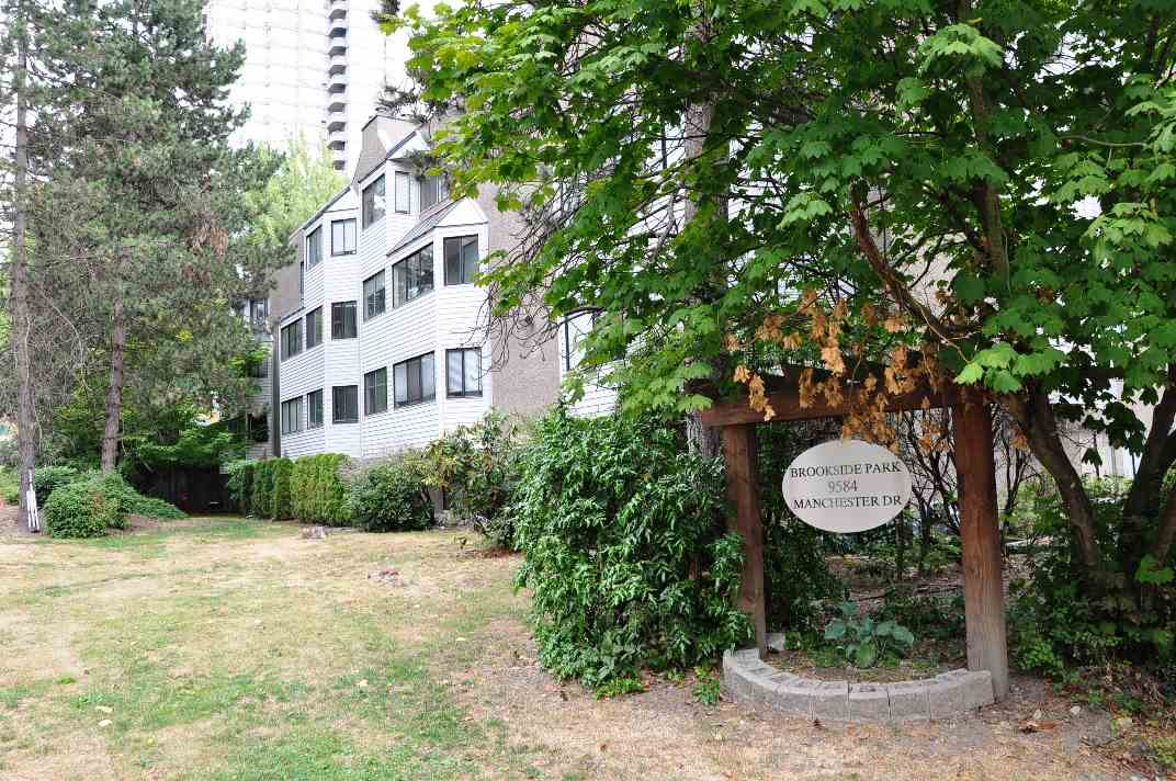 FEATURED LISTING: 101 - 9584 MANCHESTER Drive Burnaby