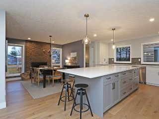 Main Photo: 127 PARKGLEN Crescent SE in Calgary: Parkland House for sale : MLS® # C4160731