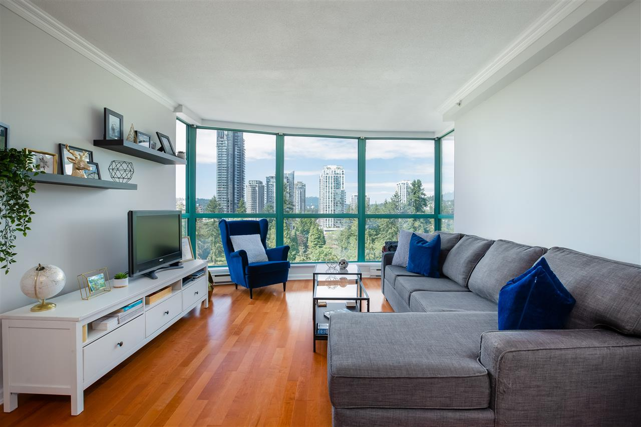 FEATURED LISTING: 1202 - 3071 GLEN Drive Coquitlam