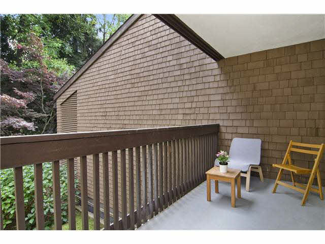 FEATURED LISTING: 421 9867 MANCHESTER Drive Burnaby