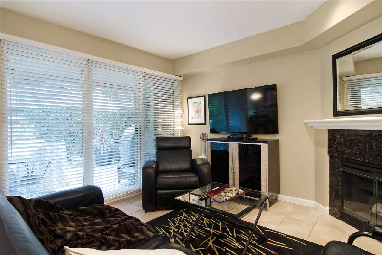 "Photo 11: 63 1550 LARKHALL Crescent in North Vancouver: Northlands Townhouse for sale in ""NAHNEE WOODS"" : MLS(r) # R2025165"