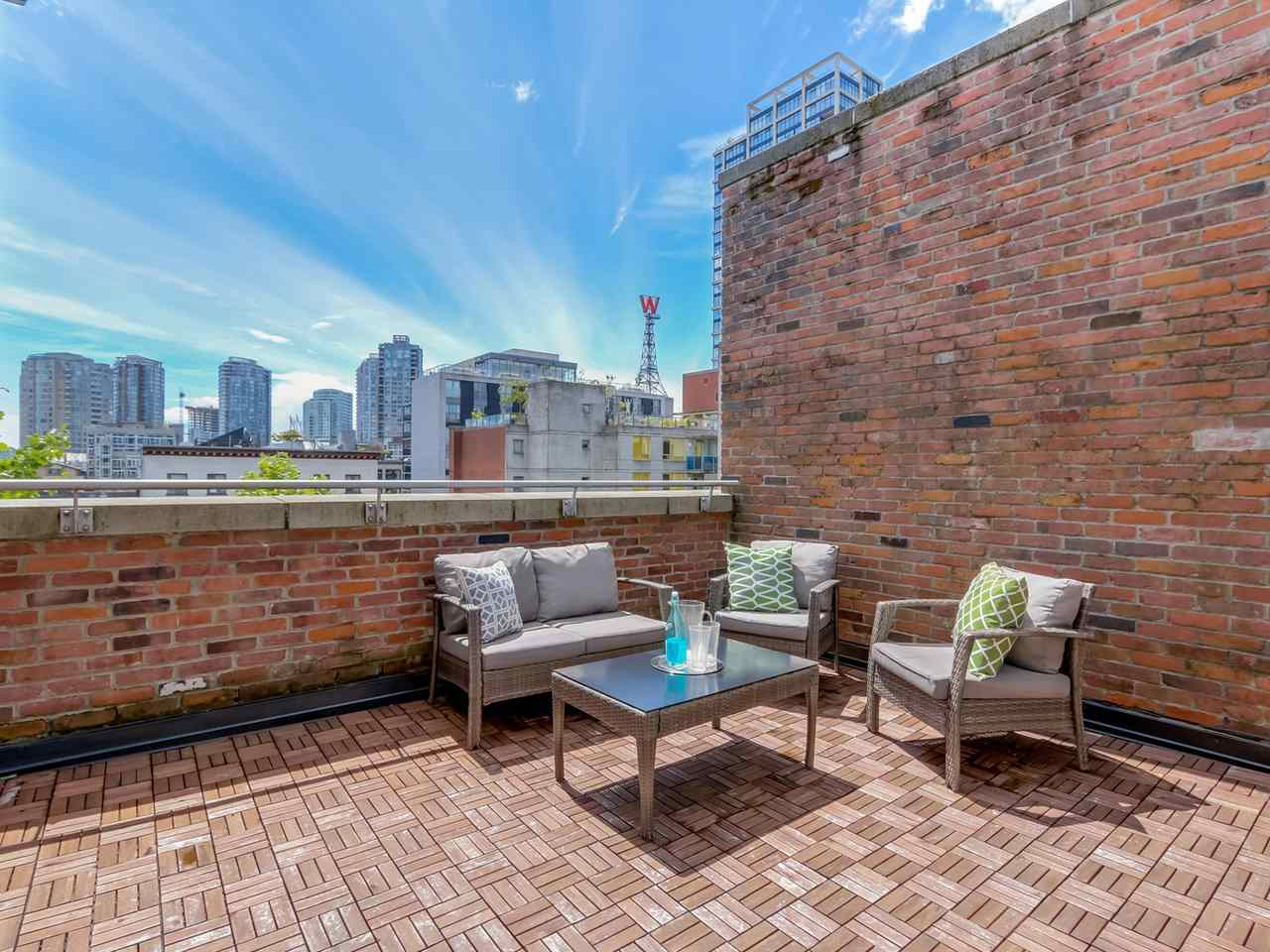 "Photo 7: PH3 36 WATER Street in Vancouver: Downtown VW Condo for sale in ""TERMINUS"" (Vancouver West)  : MLS® # R2082070"