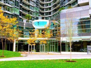 "Main Photo: 1705 68 SMITHE Street in Vancouver: Downtown VW Condo for sale in ""ONE PACIFIC"" (Vancouver West)  : MLS® # R2239252"