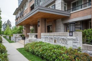 "Main Photo: 414 3107 WINDSOR Gate in Coquitlam: New Horizons Condo for sale in ""BRADLEY HOUSE"" : MLS®# R2269307"