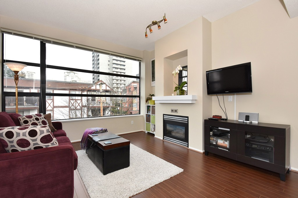 FEATURED LISTING: 505 - 124 3RD Street West North Vancouver