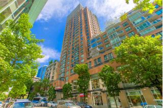 "Main Photo: 1008 788 RICHARDS Street in Vancouver: Downtown VW Condo for sale in ""L'HERMITAGE"" (Vancouver West)  : MLS®# R2269935"