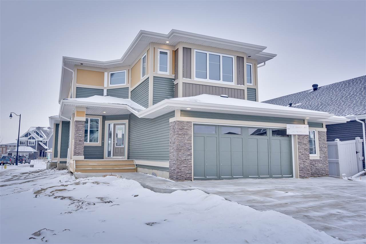 Main Photo: 7104 BANNOCK Bay in Edmonton: Zone 27 House for sale : MLS® # E4092779