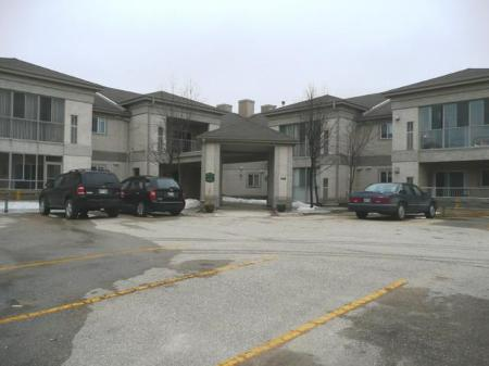 Main Photo: #203 - 500 Cathcart Street: Condominium for sale (Charleswood)  : MLS®# 1106303