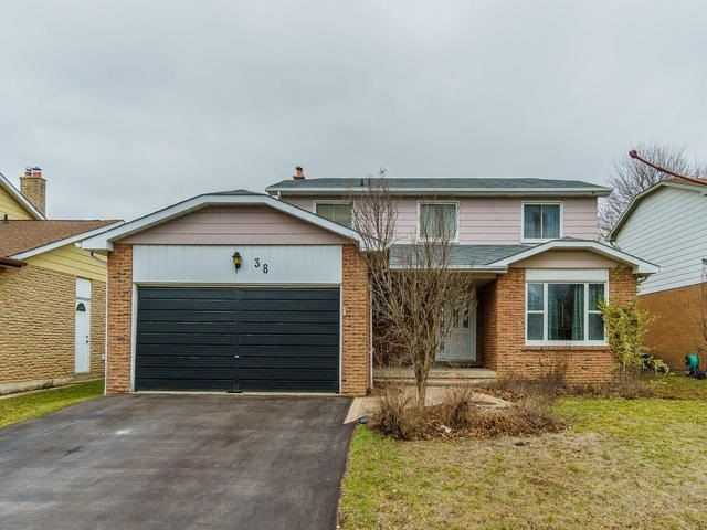 Main Photo: 38 Hamilton Hall Drive in Markham: Markham Village House (2-Storey) for sale : MLS® # N3745260