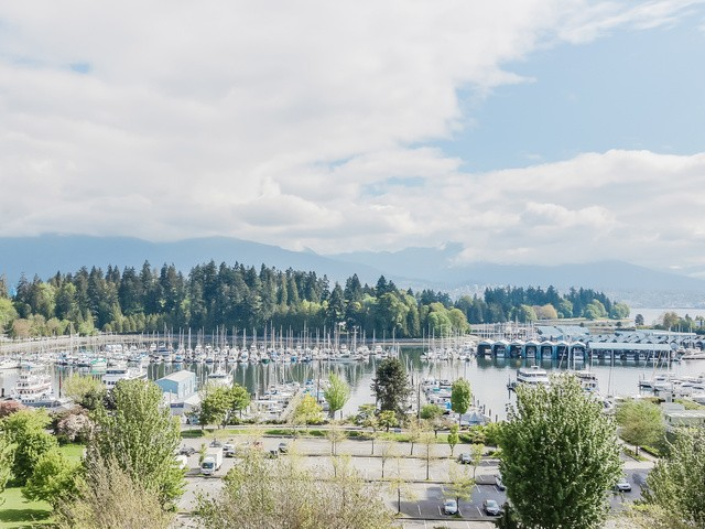 "Main Photo: 901 1863 ALBERNI Street in Vancouver: West End VW Condo for sale in ""LUMIERE"" (Vancouver West)  : MLS®# V1120284"