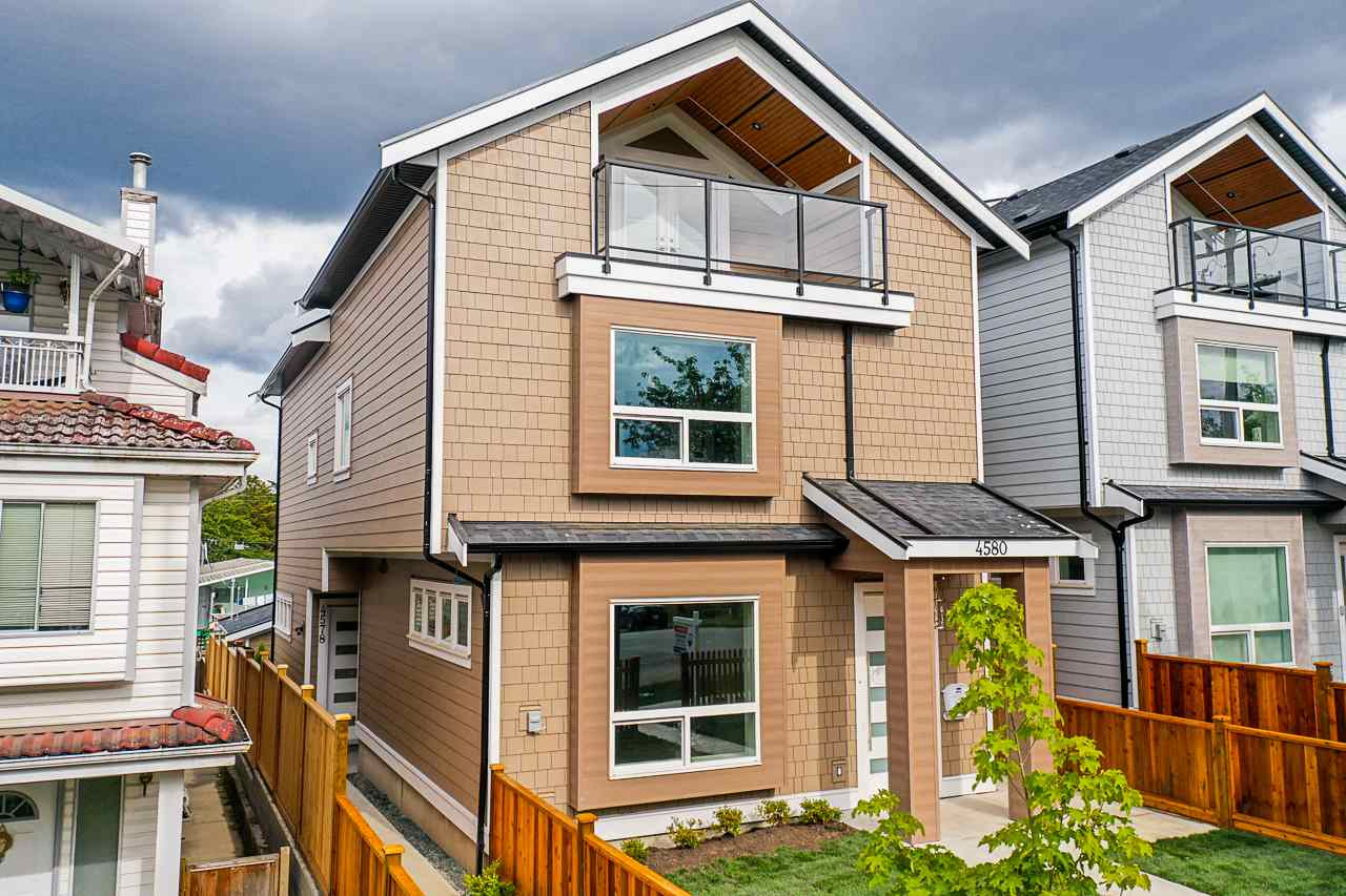 FEATURED LISTING: 4580 DUMFRIES Street Vancouver