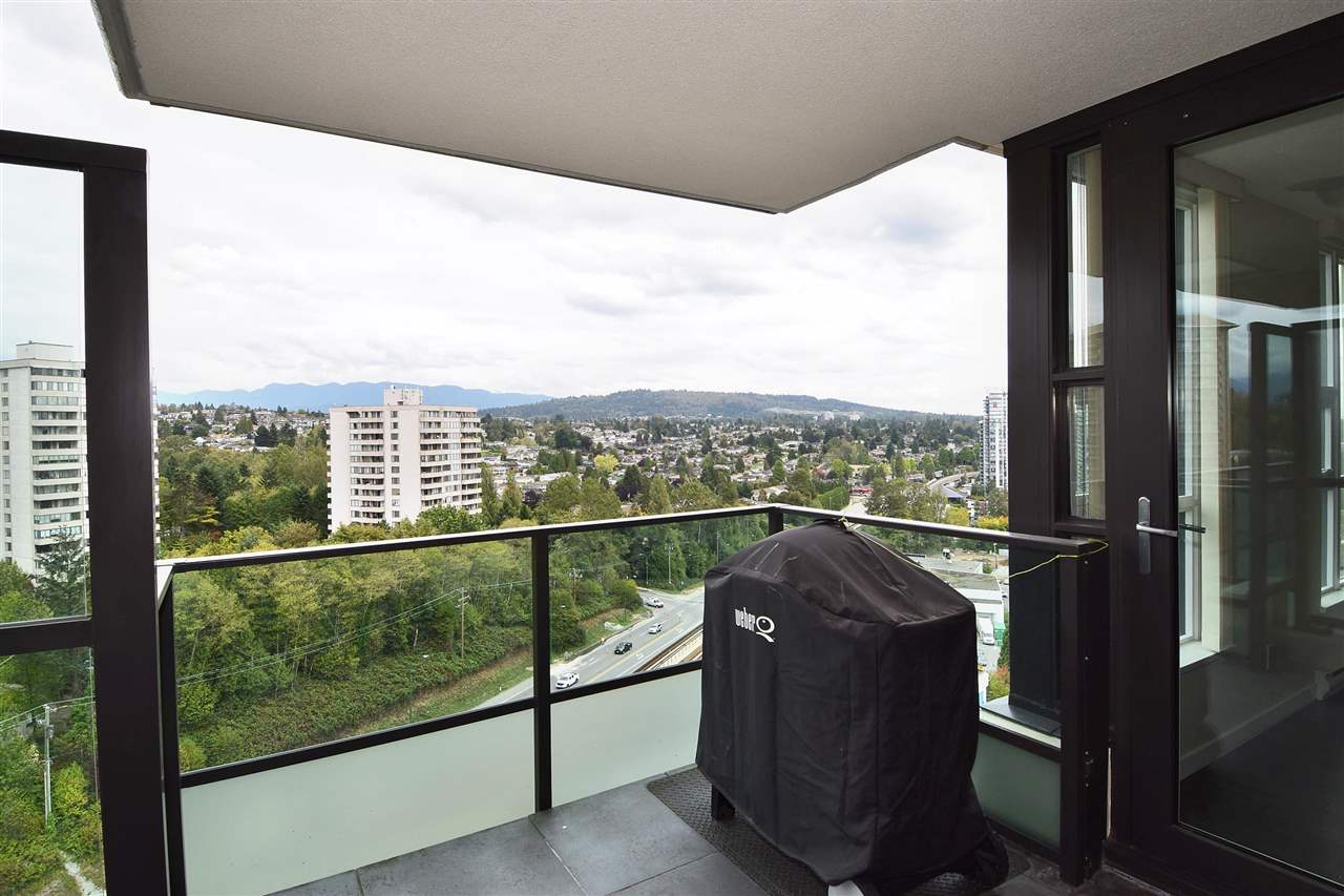 FEATURED LISTING: 1901 - 2200 DOUGLAS Road Burnaby